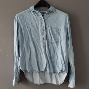 Old Navy Chambray Collared Top